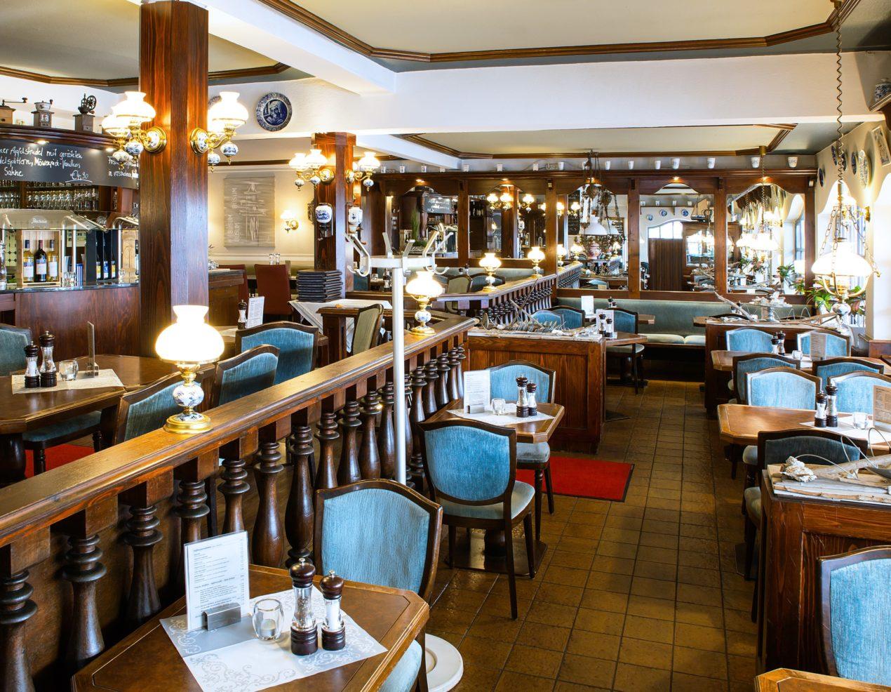 cafemitrestaurantampark_fGalerie1